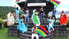 Radio Plus lance le clip de Kesaven Poonuth, «Levé nous pavillon»