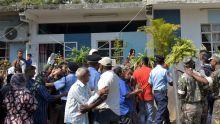 Meurtre de Swaley Futta : la colère des habitants fait capoter la reconstitution