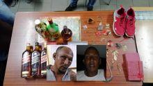 Vol à Albion : plusieurs bouteilles d'alcool, des bijoux et des chaussures retrouvés sur un terrain rocailleux