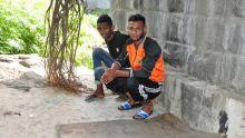 Ils vivent sous le pont lataniers : le sombre destin des frères Mootoosamy