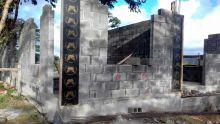 À Sébastopol : un héritier mécontent démolit une maison