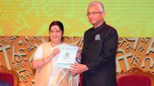 Sushma Swaraj : «Le gouvernement indien est disposé à dépenser des millions pour l'avancement de la langue hindi dans le monde»