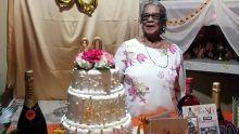 À 80 ans :Saroj lutte avec courage contre son cancer