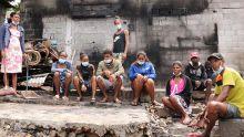 Incendie à Résidence Beau-Vallon : l'espoir de 17 personnesd'une famille qui ont tout perdu