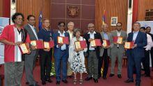 Table ronde à la mairie : les ex-royalistes de Port-Louis livrent les secrets de leur collège