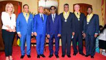 National Awards : les décorés reçoivent leur distinction cinq mois après