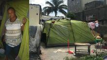 À Residence la Cure : à 65 ans, Suzette Jean-Louis vit dans une tente
