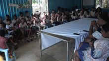 60 enfants de Camp-Diable obtiennent du matériel scolaire