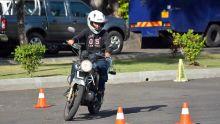 Dilemme d'un motard : à95 décibels, l'échappement de sa moto dérange son voisin