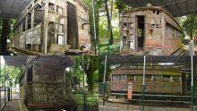 Musée de Mahébourg - Wagons abandonnés : les vestiges duchemin de fer d'antan