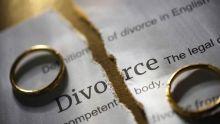 Abandonnée avec deux enfants sur les bras :Naz a cherché son mari pendant 15 ans pour obtenir le divorce