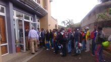 265 «General Workers» à Rodrigues connaîtront leur sort ce mercredi : réunion de la dernière chance, la police sur le qui-vive