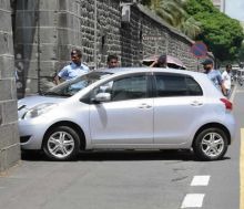 Accident lors d'un examen de conduite - L'aspirante-conductrice: «La policière est fautive»