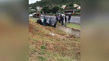 Montebello : une voiture termine sa course dans un caniveau après une sortie de route