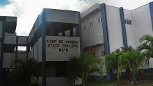 Frais d'examens du SC/HSC : sit-in d'élèves de Camp-de-Masque State College