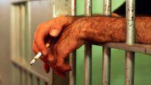 Onze cigarettes retrouvées dans les parties intimes d'un détenu, le commissaire des prisons demande une vigilance accrue