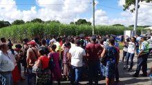 Fermeture de l'usine Palmar Ltée : Atmosphère pesante ce vendredi matin devant l'usine
