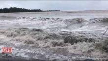 Avis de fortes houles : les plages du Nord et de l'Ouest à éviter