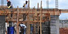 Budget 2019-20 : Acheter un terrain ou construire sa maison : voici les mesures annoncées pour les familles à revenus moyens
