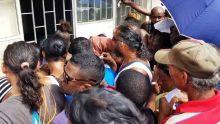 A Petite-Rivière, des sinistrés mécontents: «Le 1er mai pou bizin nou»