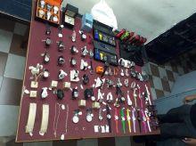 Rs 10 M de montres et bijoux volées sont retrouvées dans un buisson à Les Salines : deux jeunes arrêtés
