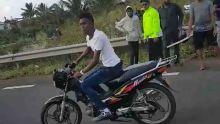 Incidents à Goodlands : un motocycliste recherché par la CID