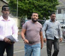 Coups de feu à l'ambassade de France : le 4x4 de Nadeem Edoo examiné