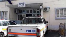 Arnaque : un serveur de 21 ans vole Rs 220 000 à un policier