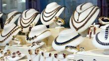 Commerce - Vente de bijoux : une baisse de 10 % à 50 % enregistrée