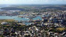 Port-Louis : une bonbonne de gaz cause une explosion sur un bateau qui accostait