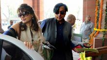 Inde : Shashi Tharoor inculpé pour la mort de son épouse