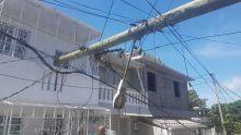 Berguitta : le CEB promet de réparer le réseau électrique dans les plus brefs délais après le passage du cyclone
