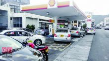 Increase in petrol price : government Resists Demands of Increase of Prices