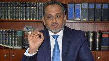 Agression du député Reza Uteem : un témoin de la poursuite absent, le procès ajourné