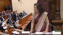 Assemblée nationale : expulsés, Paul Bérenger et Rajesh Bhagwan refusent de quitter l'hémicycle