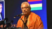 Varusha Pirappu : un petit groupe d'hommes demandent au PM de ne pas tenir de discours politique
