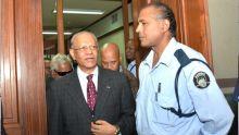 Affaire des coffres-forts : Ramgoolam demande que les accusations soient rayées