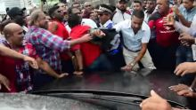 Bousculade aux Casernes centrales : un policier porte plainte contre l'ex-ministre Rittoo