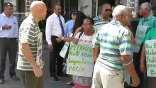Manifestation des Verts Fraternels à Port-Louis: altercation entre Sylvio Michel et des agents de sécurité