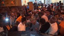 Plaine-Verte : Pravind Jugnauth et Anwar Husnoo pris à partie par des «marchands ambulants»