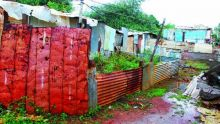 Squatters de Tranquebar: l'oubli d'un préposé prive Ginette d'un logement social