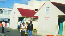 Place Margéot, à Rose-Hill: le voyeur épiait ses victimes dans les toilettes