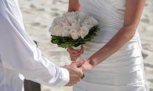 Radio Plus: 14 ans, 14février… 14 couples se diront oui sur la plage