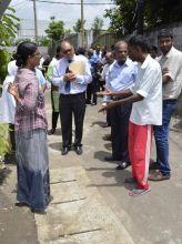 Post-inondations: ministres et députés battent le pavé dans le Nord