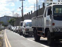 Longue file d'attente à la NTA : grogne parmi les automobilistes