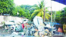 Pollution: les habitants de Roche-Bois se disent victimes de déchets toxiques