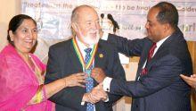 Décès de James Mancham, premier président des Seychelles