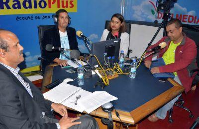 Pradeep Dursun, Chief Operating Officer de Business Mauritius, et Reeaz Chuttoo, secrétaire de la Confédération des travailleurs du secteur privé.