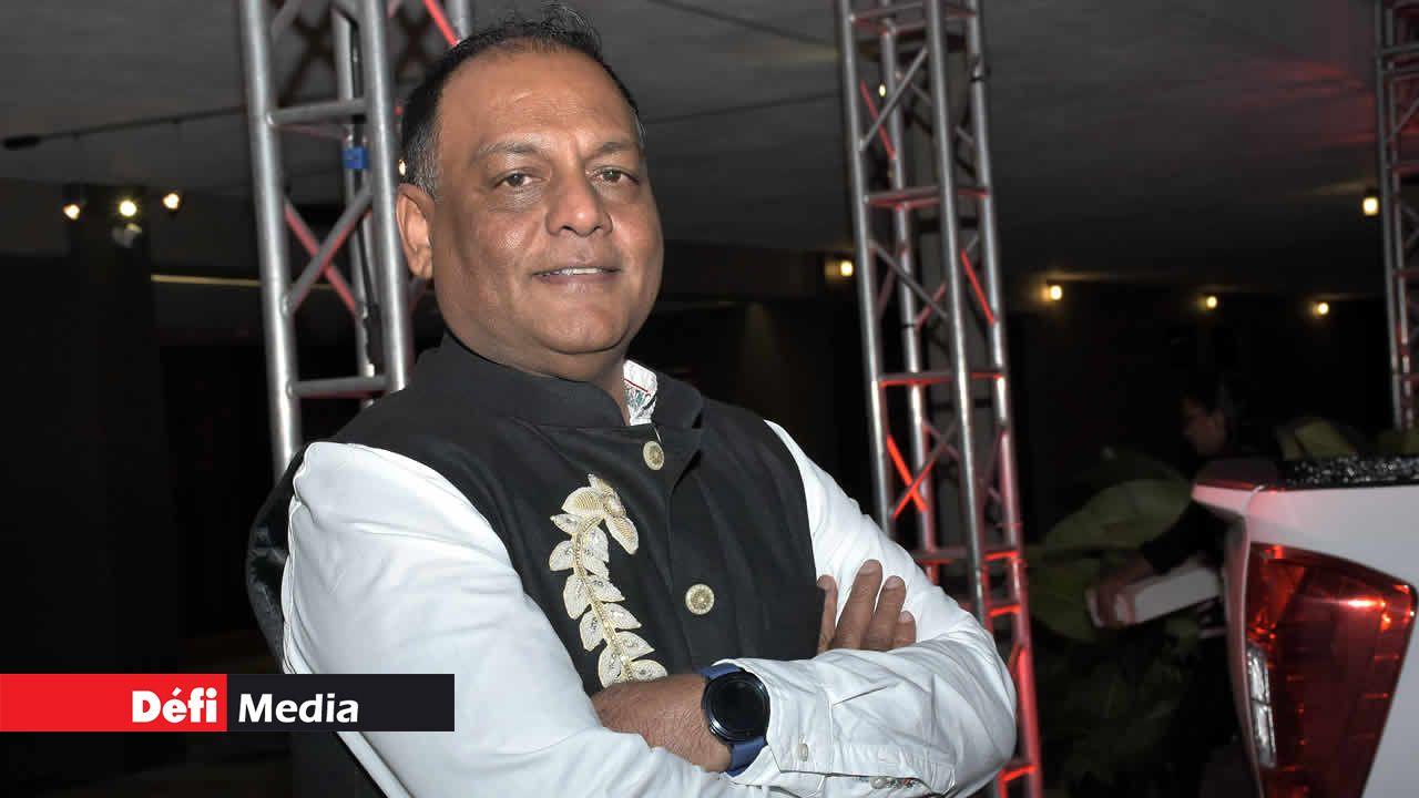 Prem Sham , le directeur de projet.