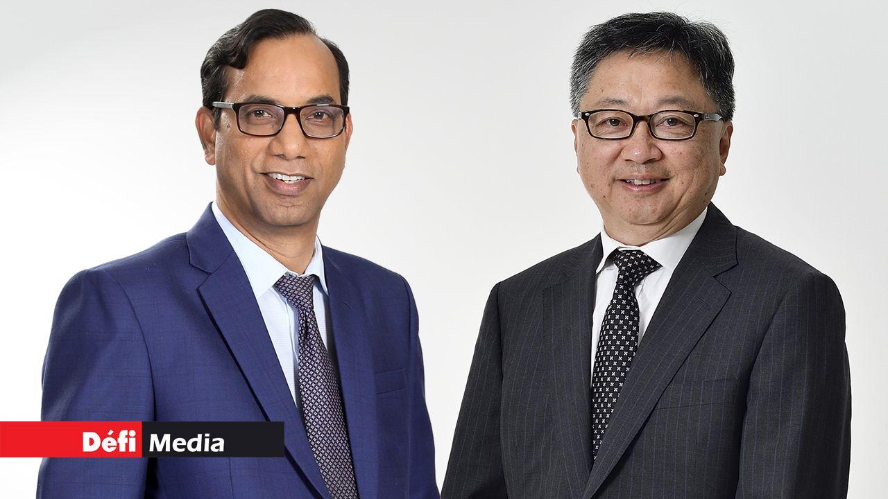 PV Rao, Chief Executive de la SBM Bank (Mauritius) Limited et Alain Law Min, Chief Executive  de la MCB Limited.